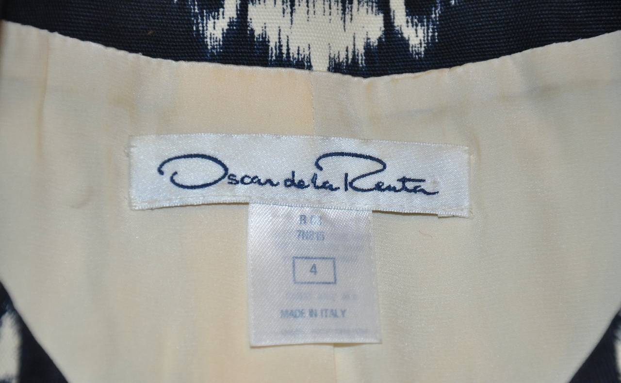 Oscar de la Renta Cream & Black Zippered Spring Coat 3