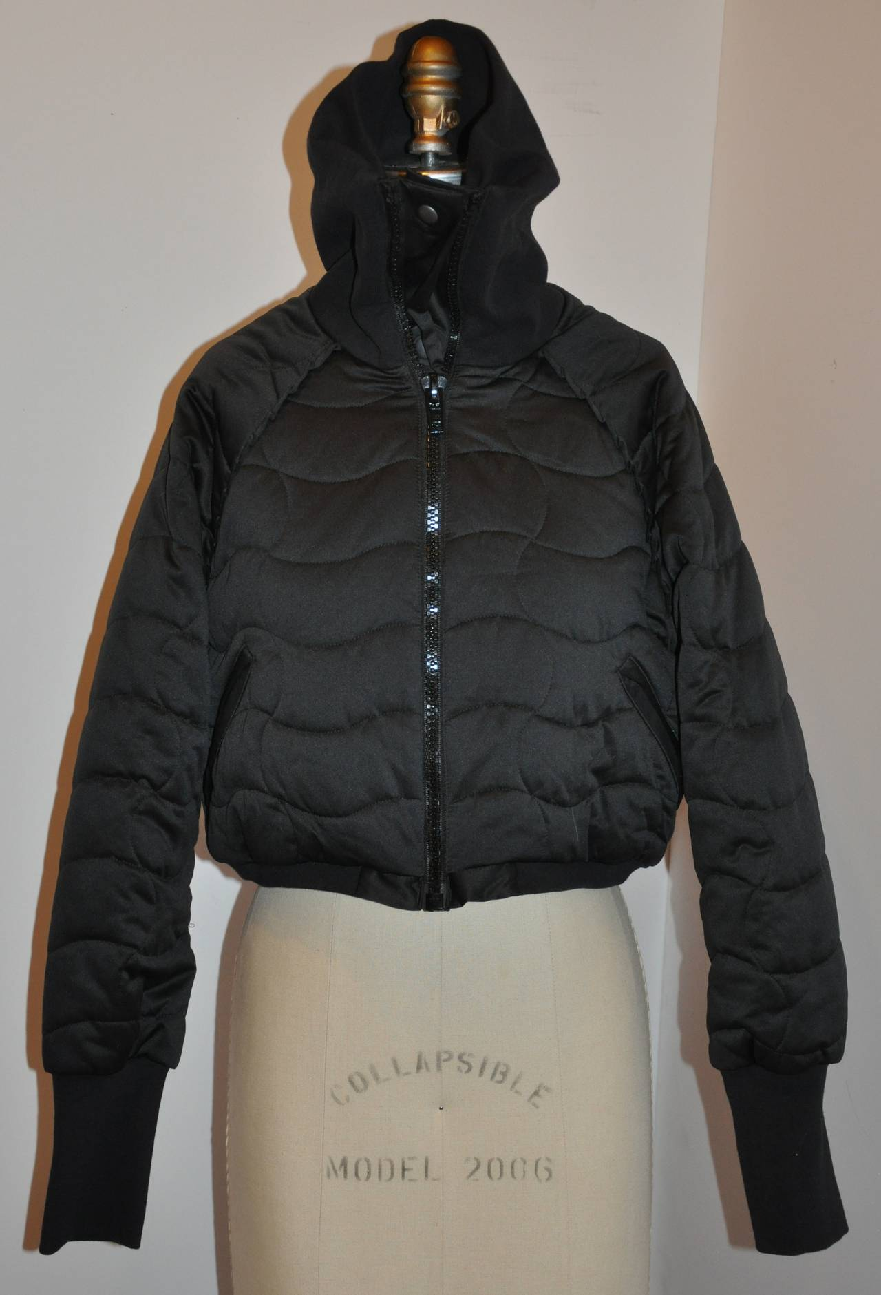 Stella McCartney Black High-Collar Quilted Cropped Puffer Zipper Jacket In Excellent Condition For Sale In New York, NY