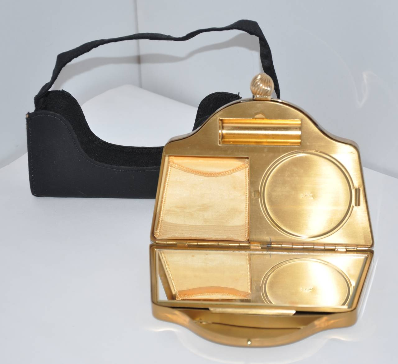 VoLupte Gold Hardware Make-Up Clutch with Cover Black Handbag Cover In Good Condition For Sale In New York, NY
