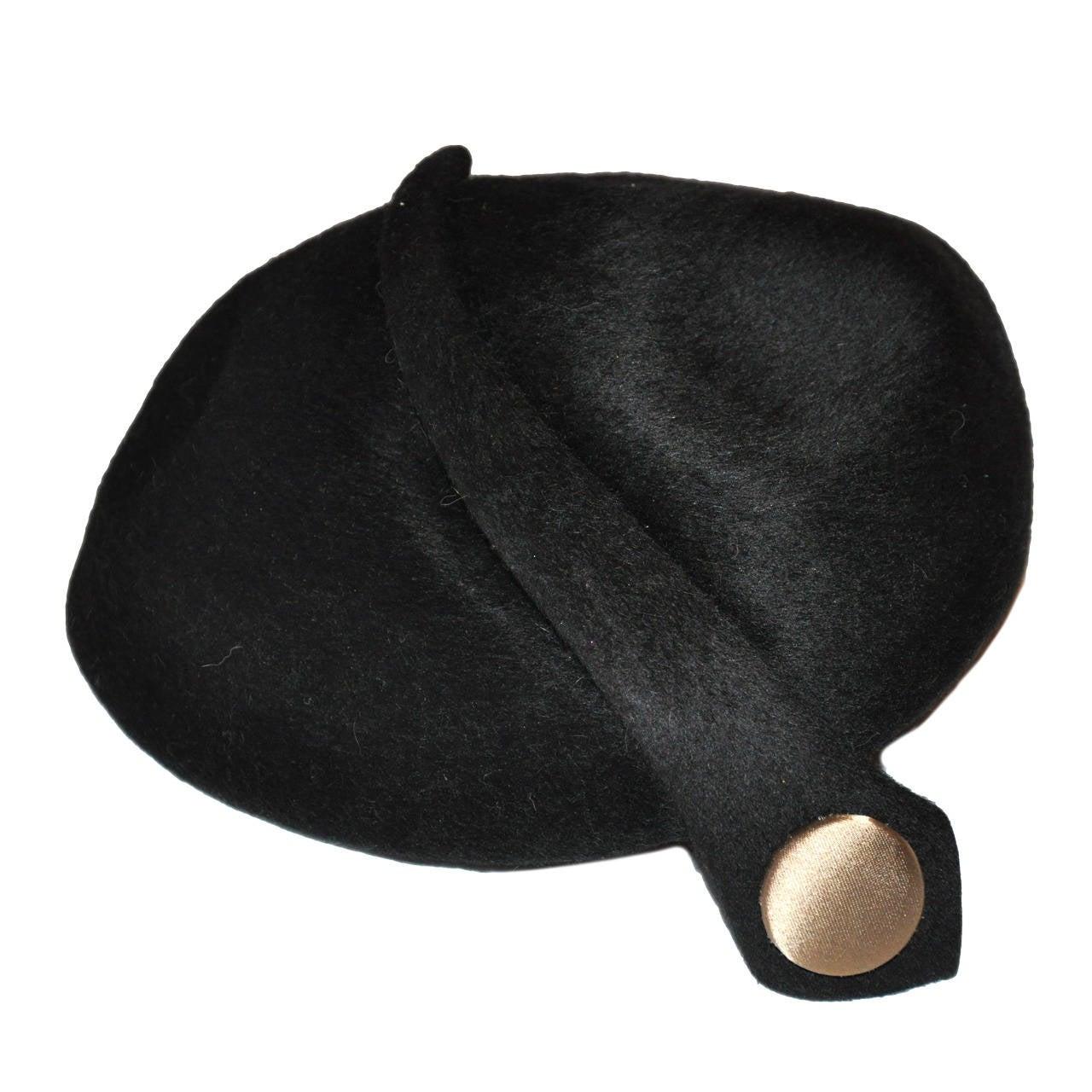 Mr. John Classic Black Detailed Cloche