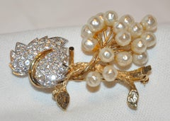 Stunning Faux Pearls with Faux Brilliant Diamonds Floral & Leaves Brooch