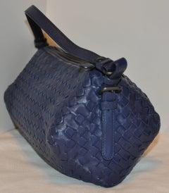 Bottega Veneta Violet Lambskin Zippered Top Adjustable Shoulder Bag