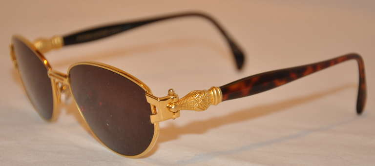 "Kieselstein-Cord 18k ""Crocodile"" Frame Sunglasses In Excellent Condition For Sale In New York, NY"