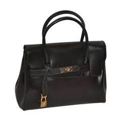 PHYNES Black Leather Handbag with Attachable Shoulder Straps