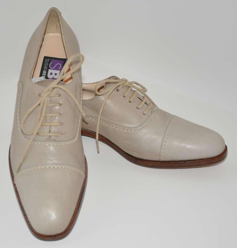 Susan Bennis Warren Edwards Hand-Made Lace-Up Shoes 3