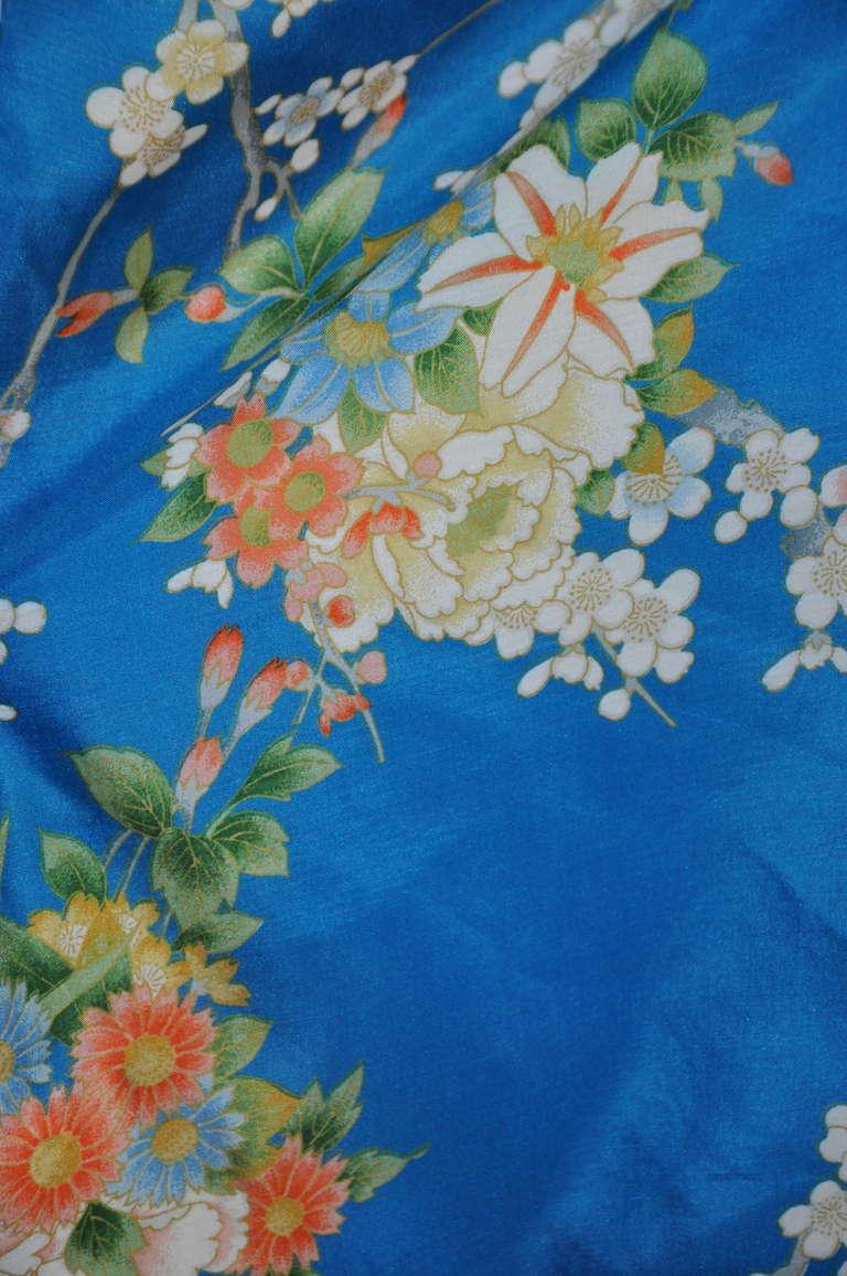 Cobalt Blue Floral Silk Japanese Kimono 4