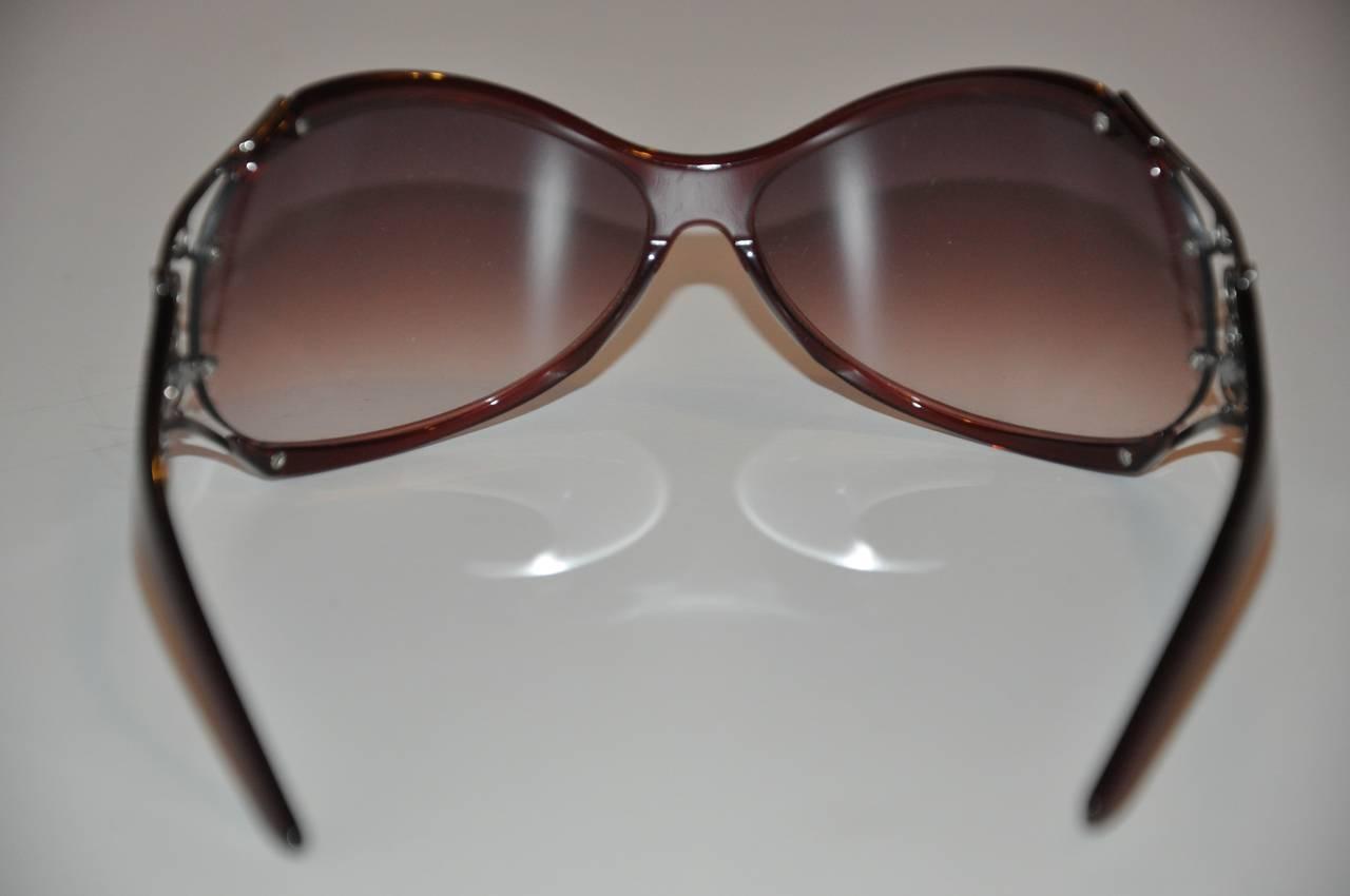 "Yves Saint Laurent Violet Lucite ""Swirls"" Hardware Accent Sunglasses 4"