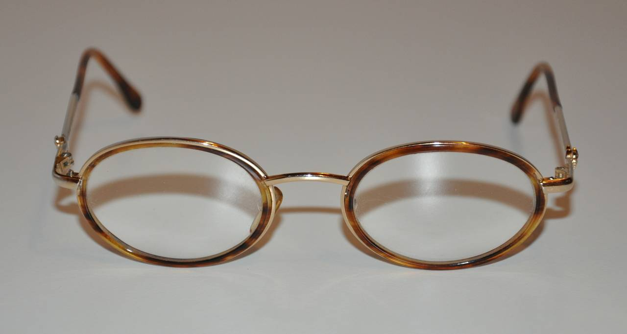 Gianni Versace Gold Hardware Frame with Tortoise Shell Eyeglasses at ...