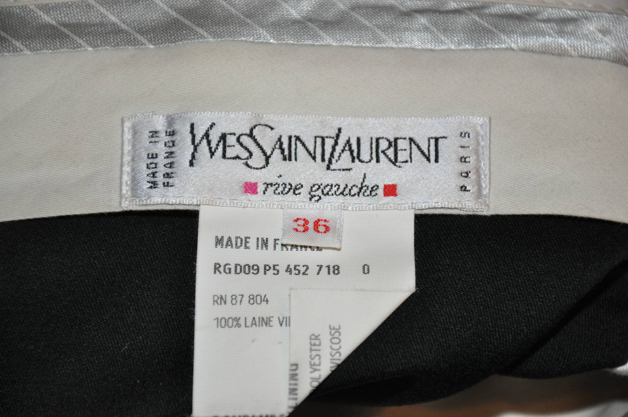 Yves Saint Laurent Signature Navy Wool Gabardine Trouser In Good Condition For Sale In New York, NY