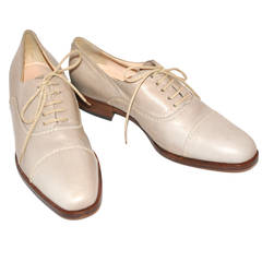 Susan Bennis Warren Edwards Hand-Made Lace-Up Shoes