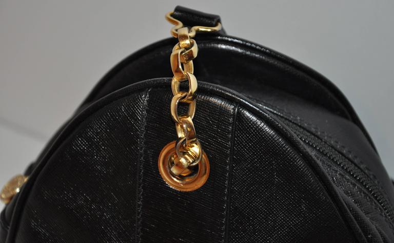 Fendi Black Textured Calfskin with Gold Hardware Small Shoulder Bag For Sale 2