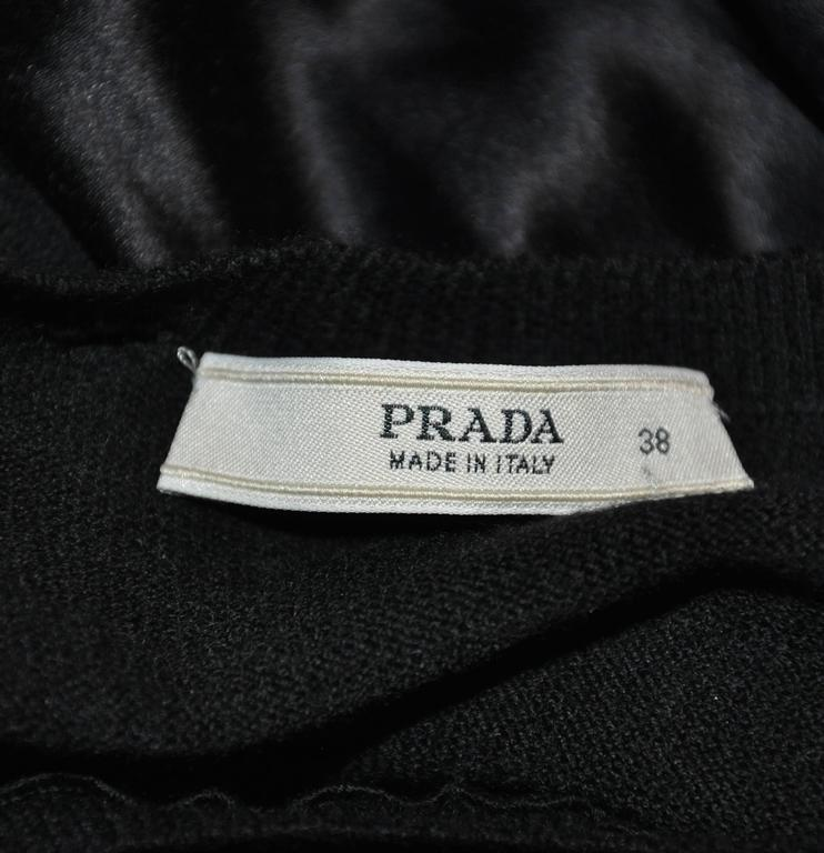 Prada Black Wool/ Cashmere/ Silk with Puff Sleeve Pullover Top In Good Condition For Sale In New York, NY