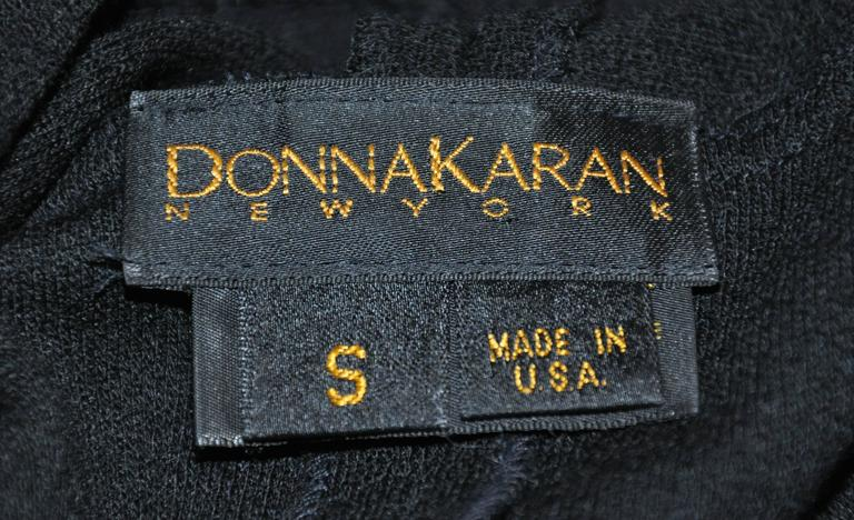 "Donna Karan Iconic Signature ""Sold Out"" Black Wool Crepe Jersey Dress In Good Condition For Sale In New York, NY"