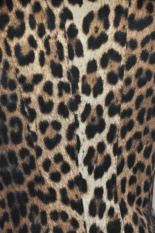 Moschino Leopard Print Fully Lined Jacket For Sale 2