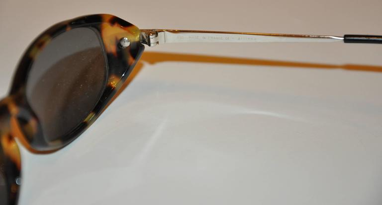 Cartier Tortoise Shell Accented with Silver Hardware Sunglasses In Good Condition For Sale In New York, NY