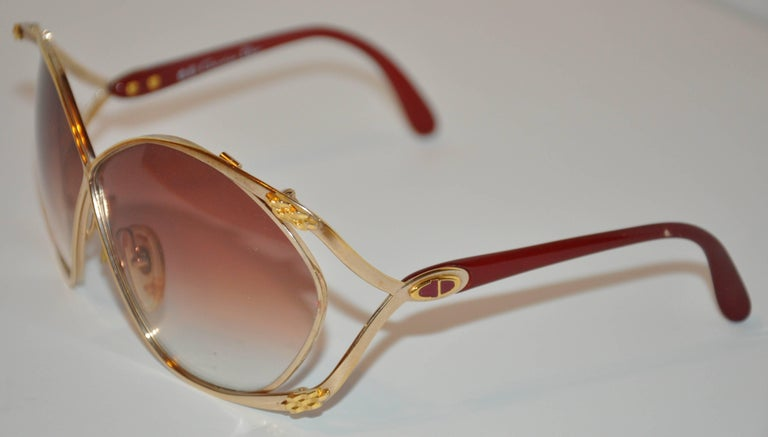 "Christian Dior Huge ""Chain-Link"" Accent Gold Hardware Frame Sunglasses 2"