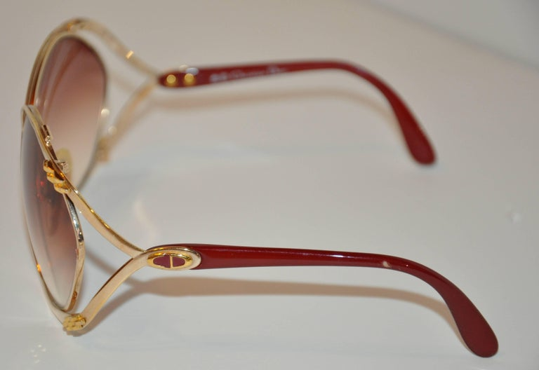 "Christian Dior Huge ""Chain-Link"" Accent Gold Hardware Frame Sunglasses 3"