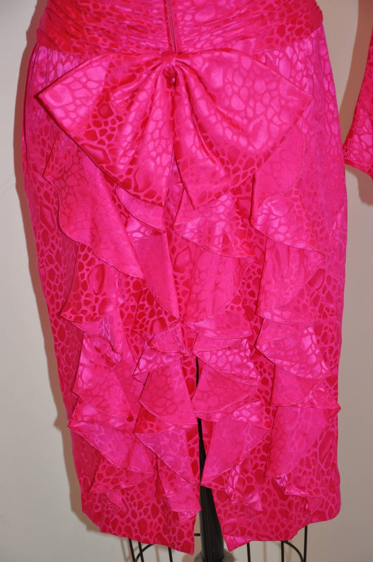 Flora Kung Fuchsia Multi-Tier Train & Bow Silk Cocktail Evening Dress For Sale 1