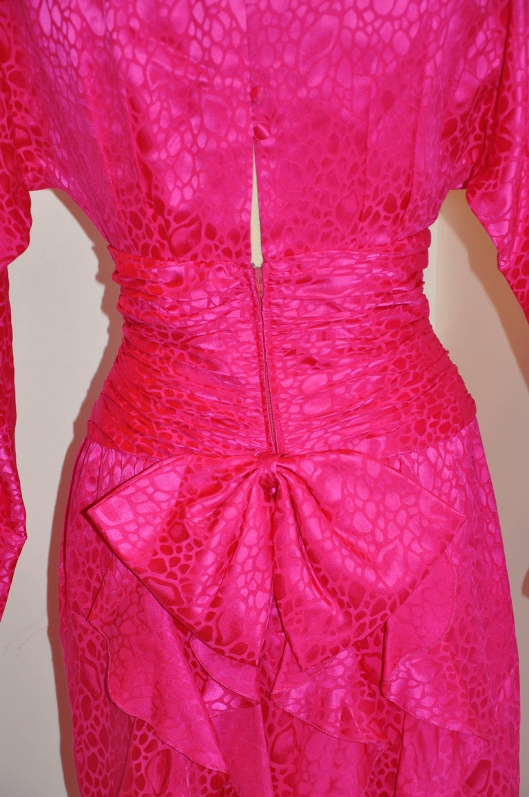 Flora Kung Fuchsia Multi-Tier Train & Bow Silk Cocktail Evening Dress For Sale 2
