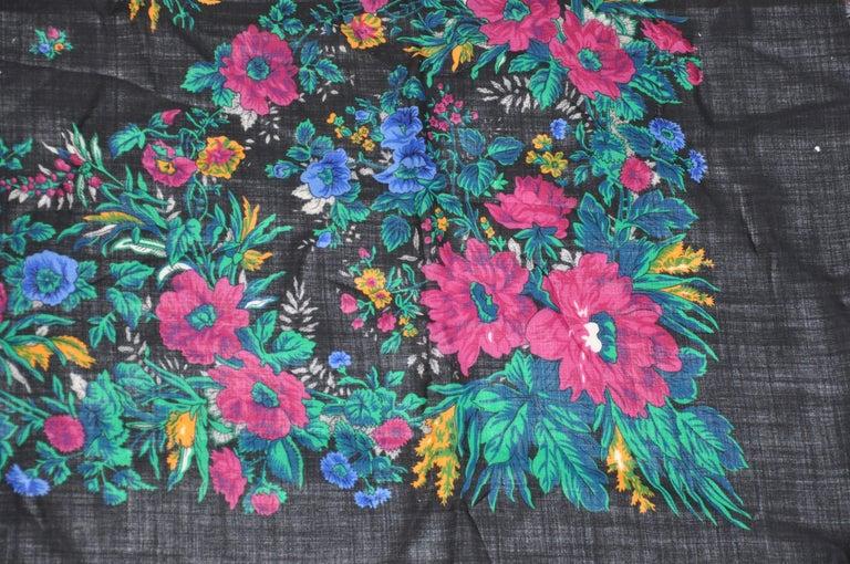 Black Anne Klein for Saks Fifth Avenue Huge Multicolor