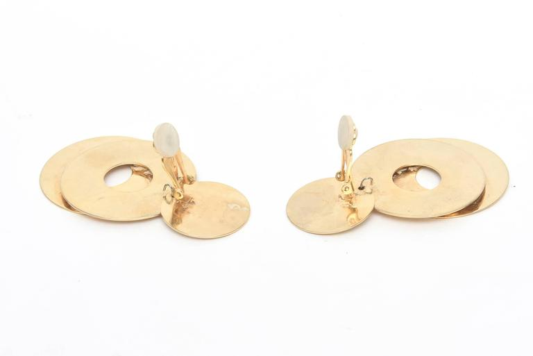 Sculptural 3-Disc Earrings  For Sale 2