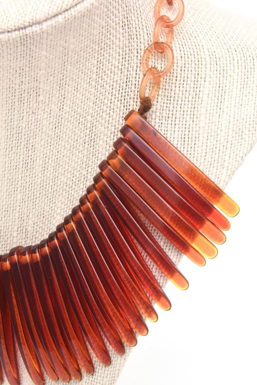 Tortoise Resin Fringe Collar Bib Necklace Vintage For Sale 5