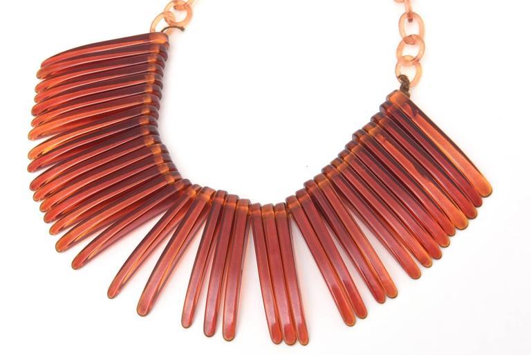 Tortoise Resin Fringe Collar Bib Necklace Vintage For Sale 2