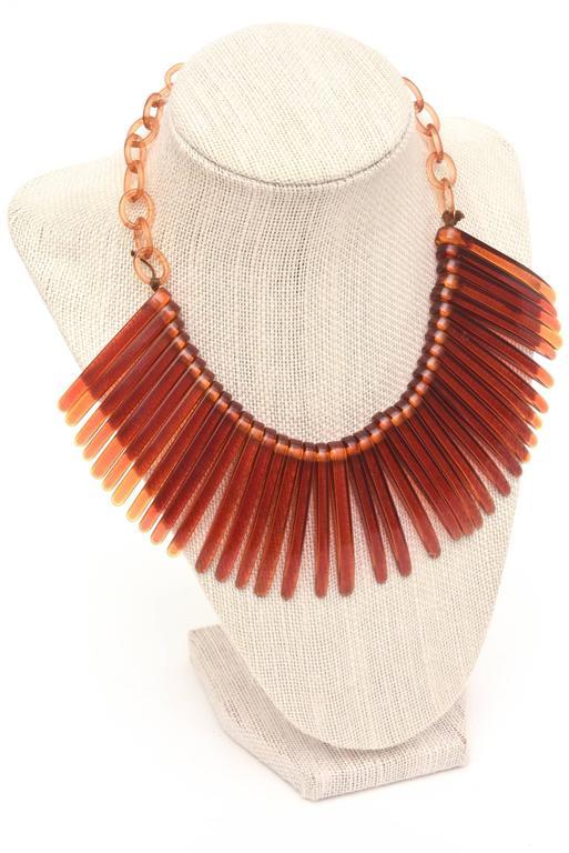 Tortoise Resin Fringe Collar Bib Necklace Vintage For Sale 4