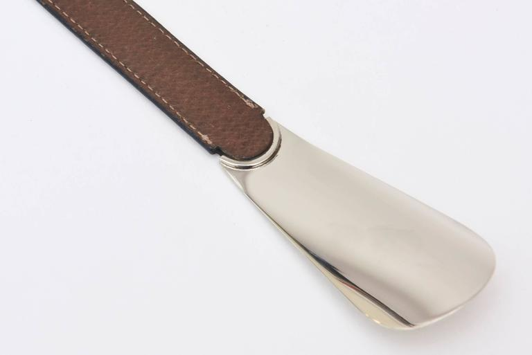 Hallmarked Italian Gucci Silver-plate and Stitched Leather Shoe Horn / SALE In Good Condition For Sale In North Miami, FL