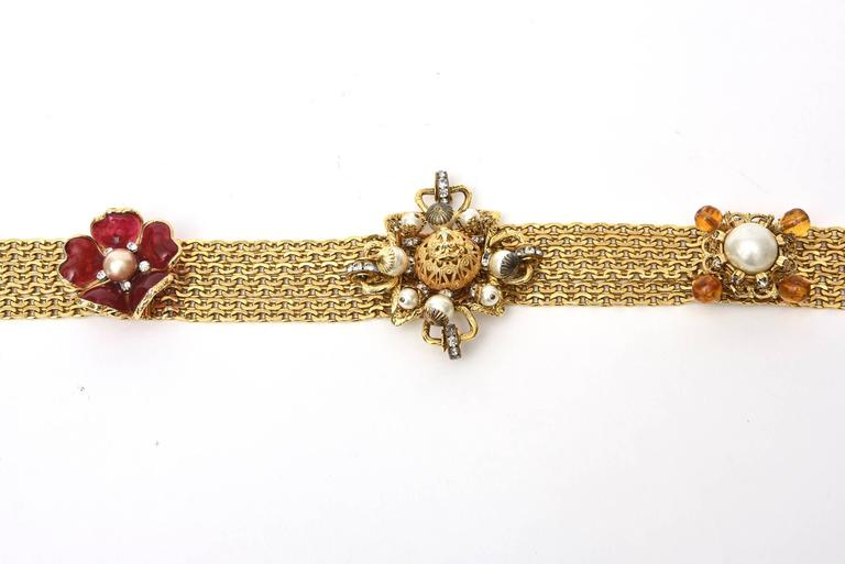 Signed Chanel Rare 8 Flower Gripoux, Pate de Verre Gold Tone &Faux Pearl Belt 4