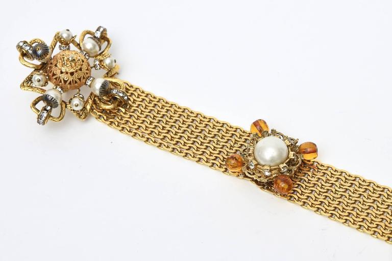 Signed Chanel Rare 8 Flower Gripoux, Pate de Verre Gold Tone &Faux Pearl Belt 7