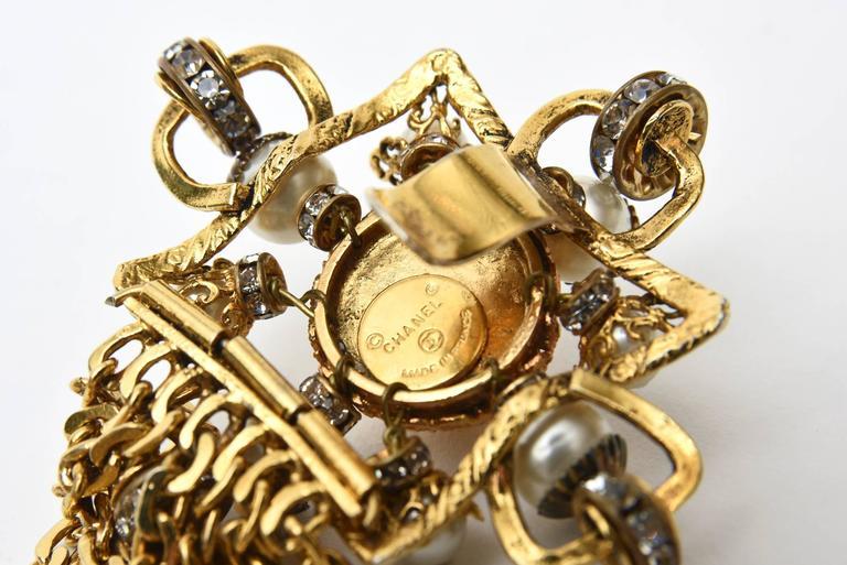 Signed Chanel Rare 8 Flower Gripoux, Pate de Verre Gold Tone &Faux Pearl Belt 10
