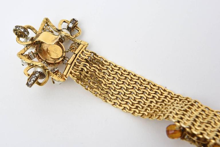 Signed Chanel Rare 8 Flower Gripoux, Pate de Verre Gold Tone &Faux Pearl Belt 8