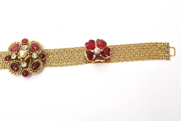 Signed Chanel Rare 8 Flower Gripoux, Pate de Verre Gold Tone &Faux Pearl Belt 5