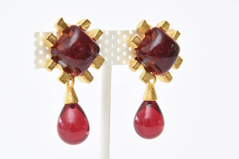Andrew Springarn Glass & Gold Plated Dangle Earrings Clip On For Sale 3