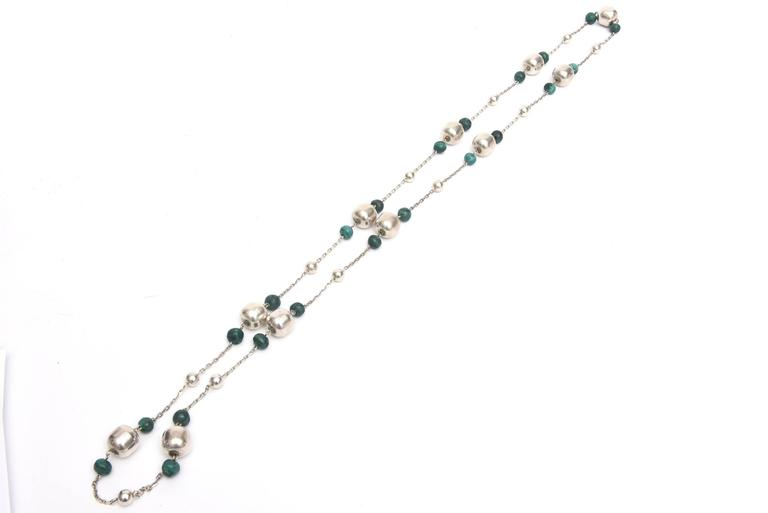 Sterling Silver and Malachite Beaded Chain Strand Necklace   For Sale 2