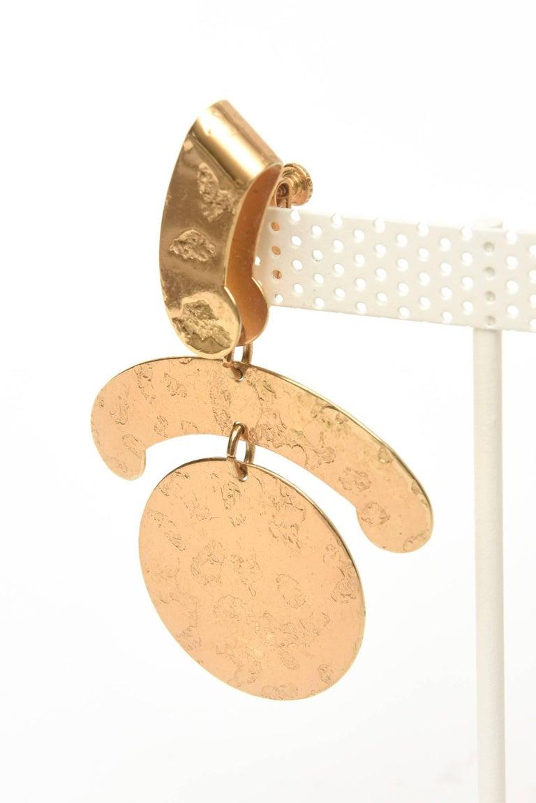 Women's  Napier Vintage Clip On Sculptural Earrings For Sale