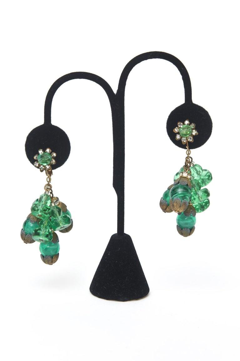 Women's  Miriam Haskell Beaded Green Glass Choker & Matching Dangle Earrings Set Vintage For Sale