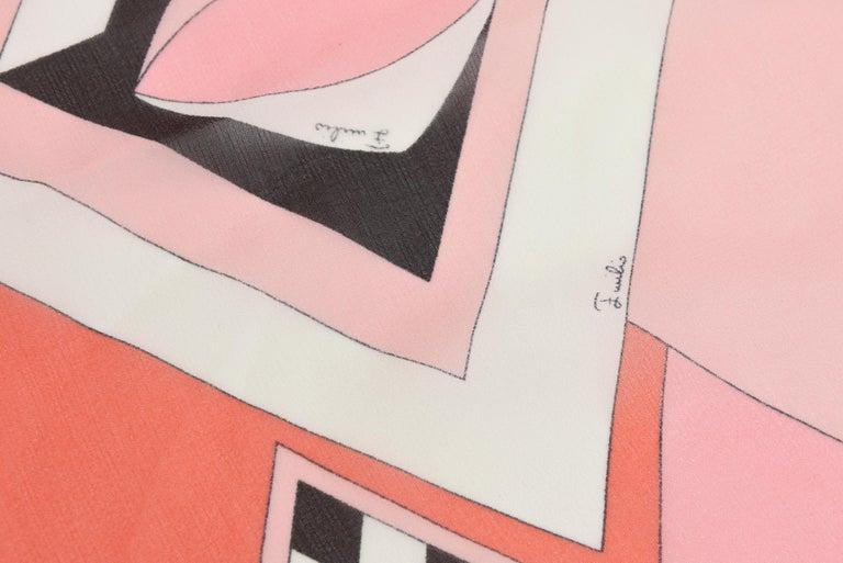 Emilio Pucci Silk Chiffon Geometric Square Scarf Vintage In Good Condition For Sale In North Miami, FL