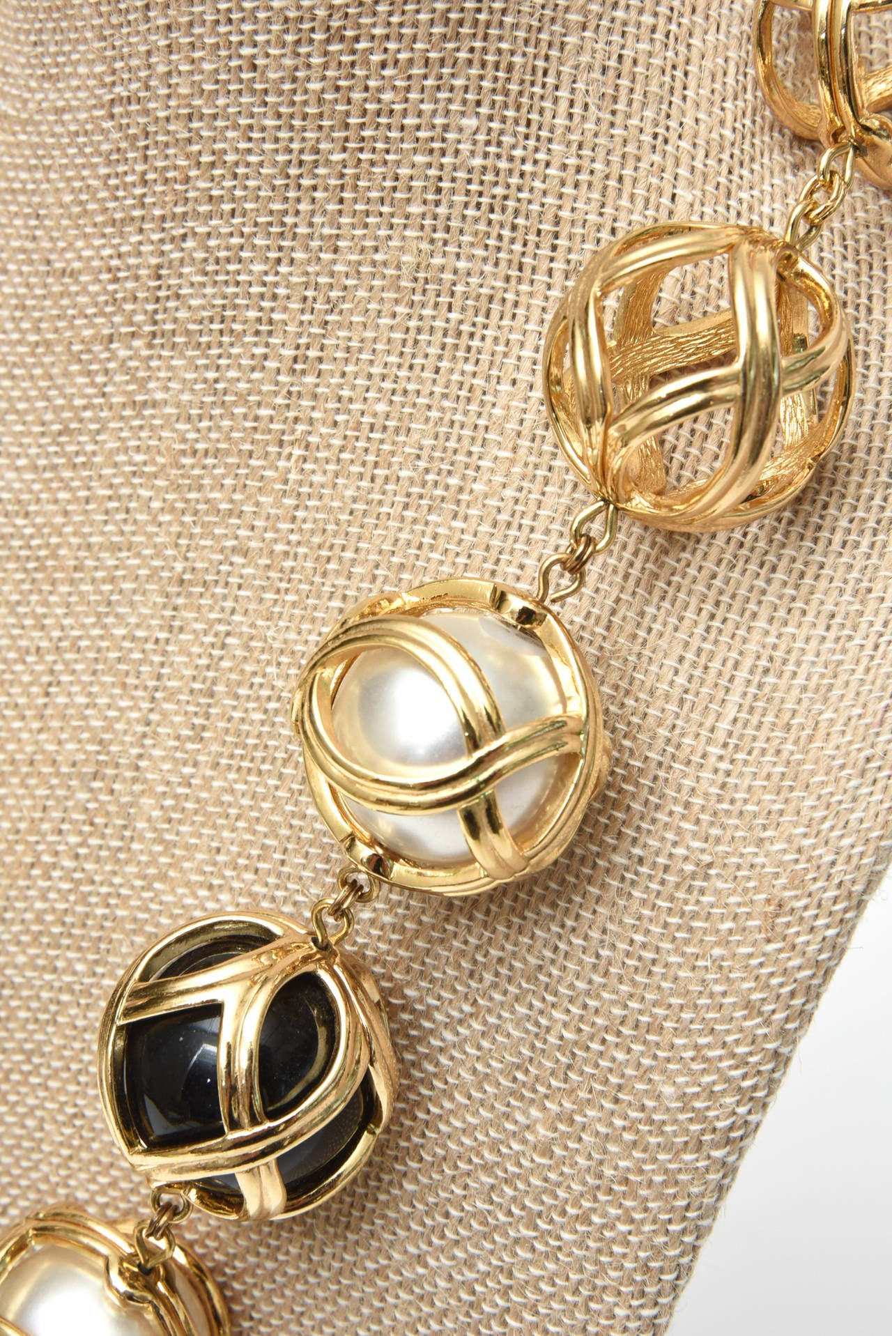Christian Dior Runway Ball Necklace With Black Resin And Faux Pearl Vintage For Sale 1