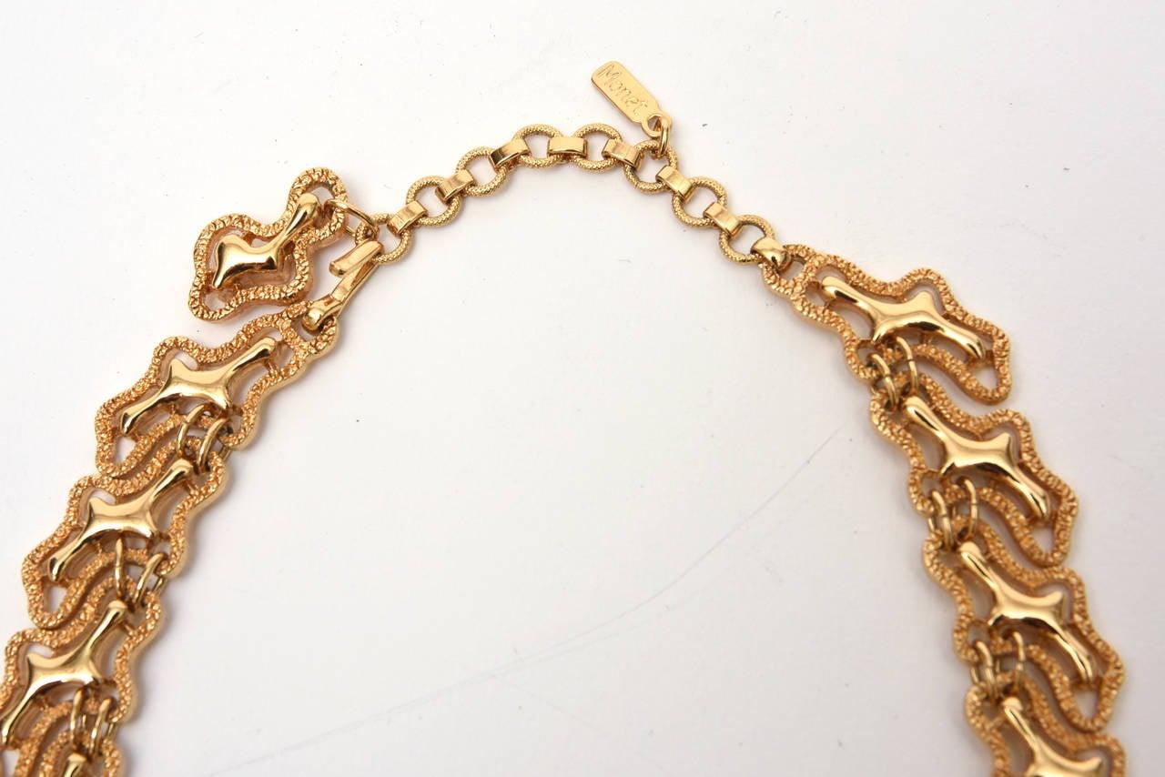 Monet Sculptural Bib Necklace Vintage In Good Condition For Sale In North Miami, FL