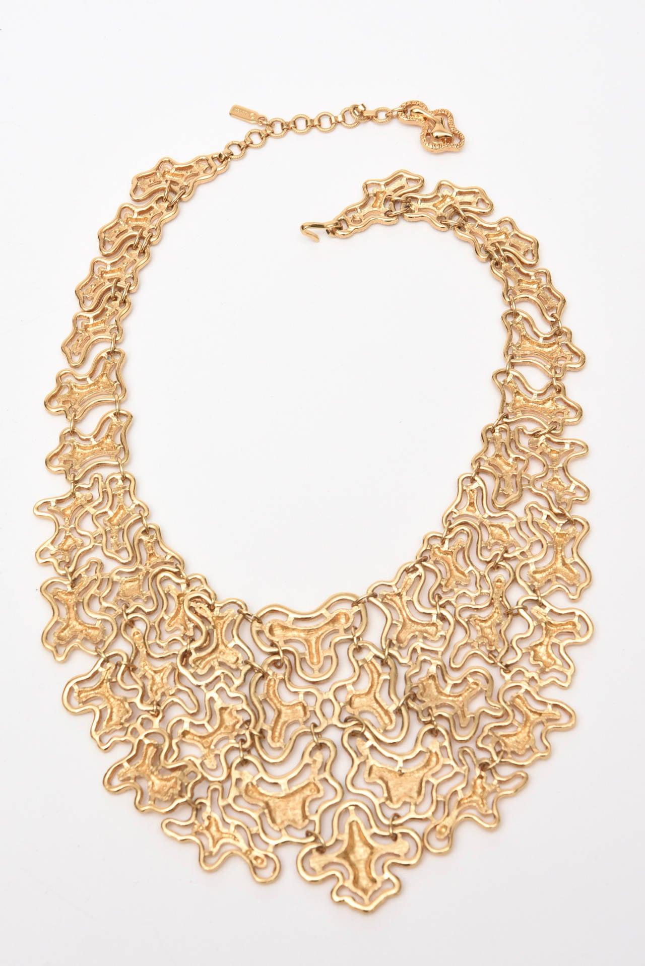 Monet Sculptural Bib Necklace Vintage For Sale 1