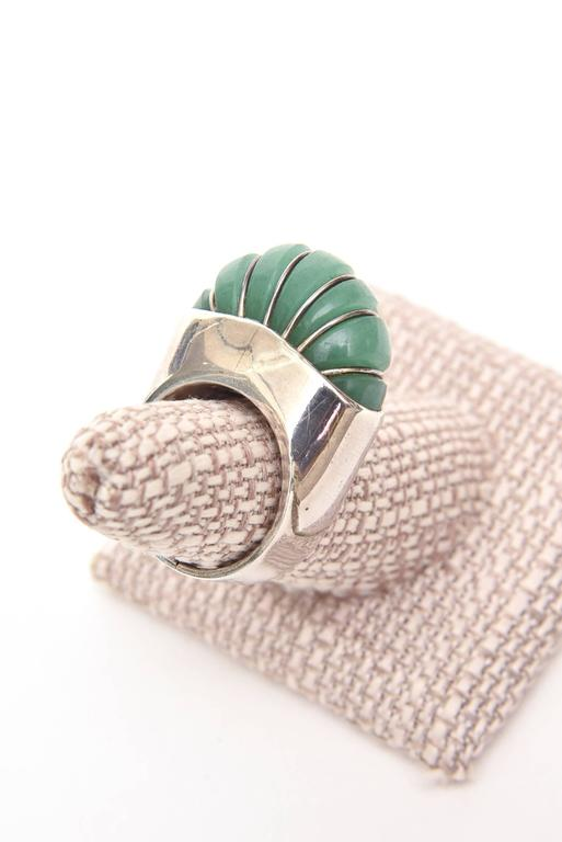 Women's Hallmarked Sculptural Sterling Silver And Jade Dome Ring For Sale