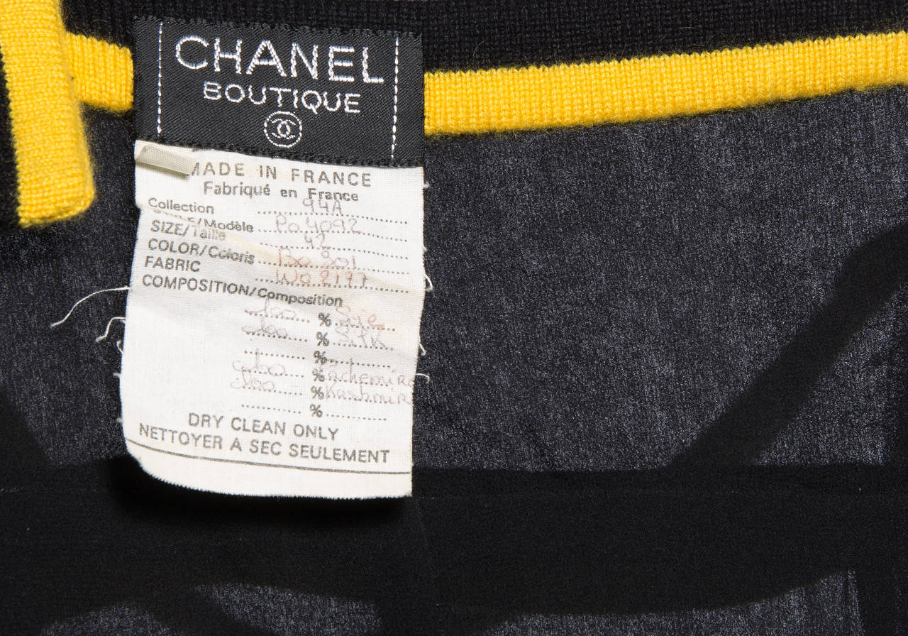 Chanel Black Sleeveless Silk Chiffon Dress With Yellow Cashmere Trim, Fall 1994 For Sale 4