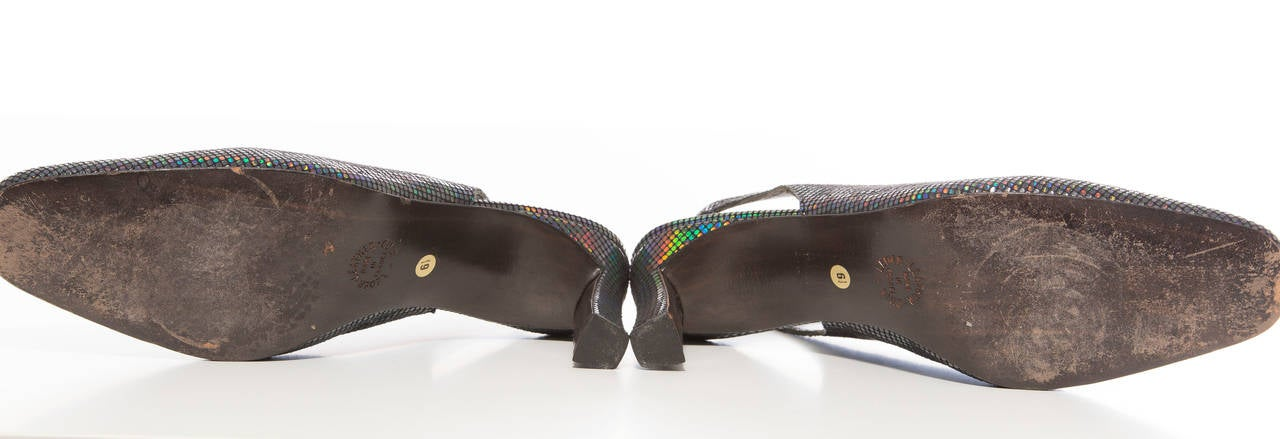 Maud Frizon Navy Blue Iridescent Suede Kitten Heel Shoe, Circa 1980's For Sale 1