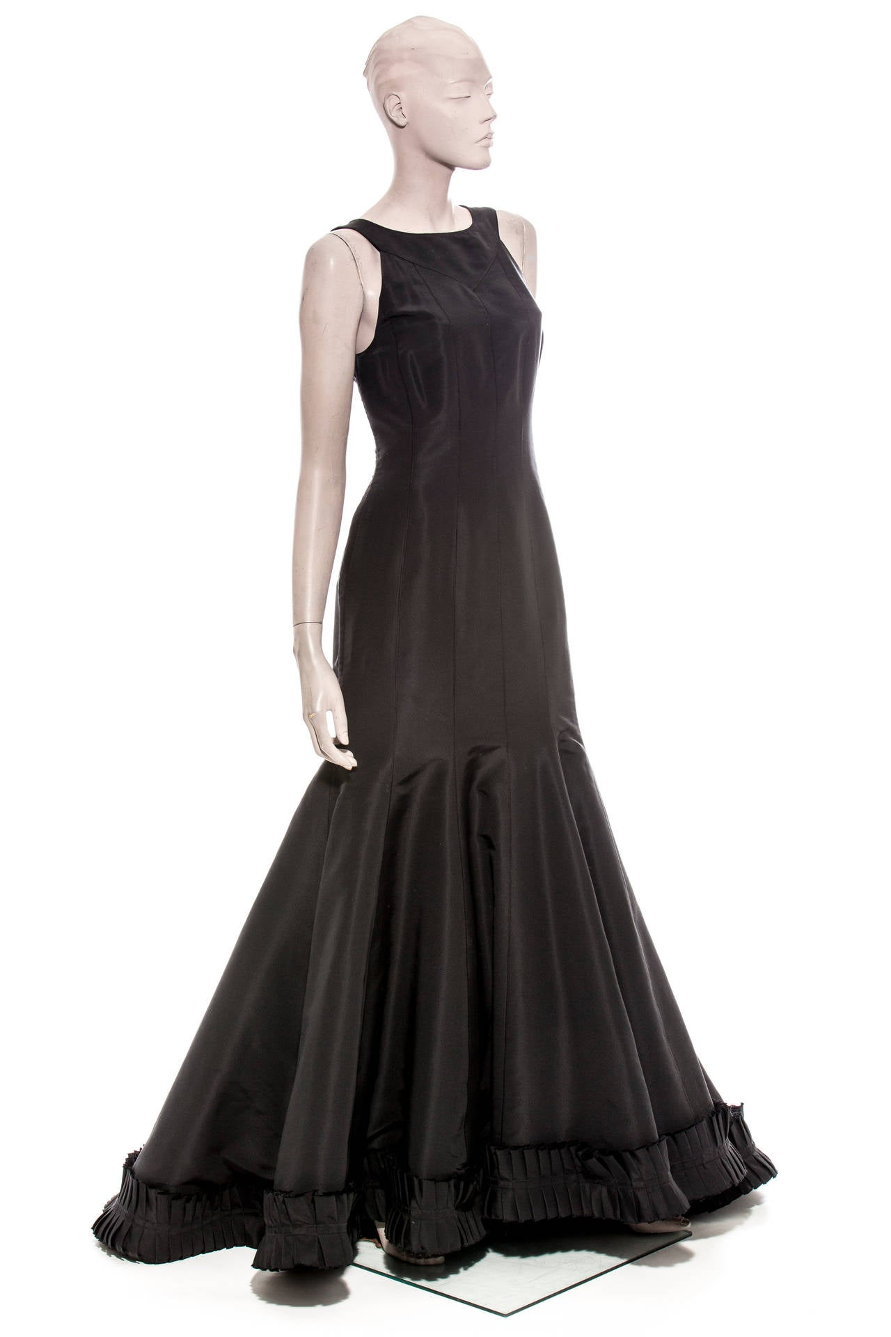c4cffff652a5 Oscar de la Renta Sleeveless Black Silk Faille Evening Dress, Spring 2007  In Excellent Condition