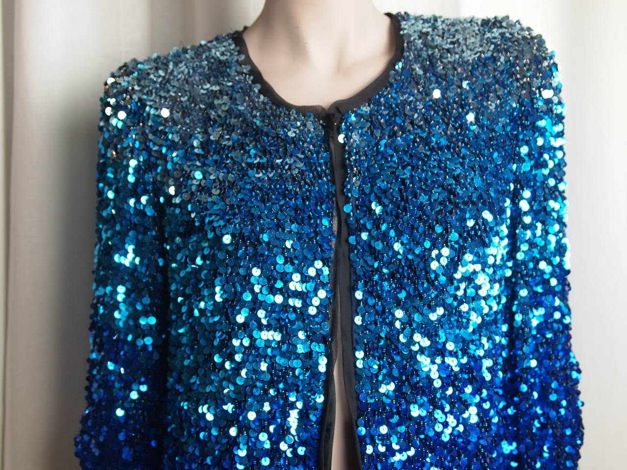 Blumarine Ombre Sequin Long Jacket In New never worn Condition For Sale In Cincinnati, OH