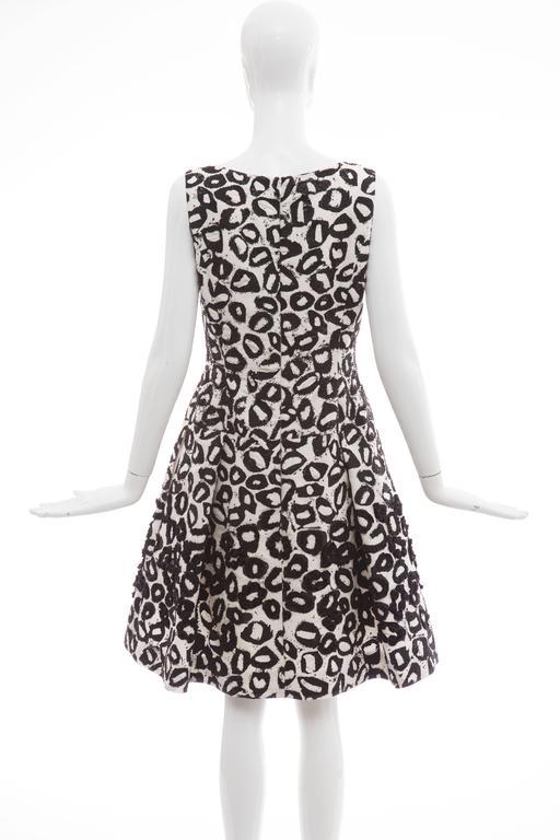 Oscar De la Renta White Silk Evening Dress Black Bead Lip Embroidery, Fall 2007 4