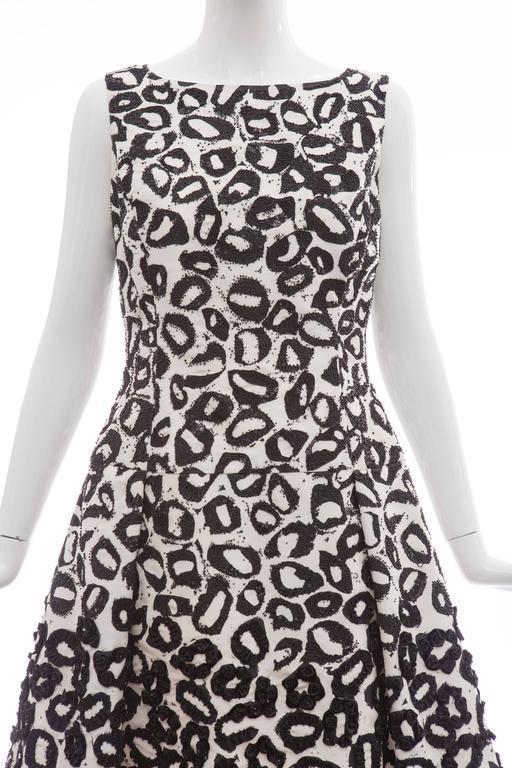 Oscar De la Renta White Silk Evening Dress Black Bead Lip Embroidery, Fall 2007 6