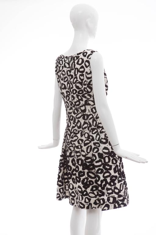 Oscar De la Renta White Silk Evening Dress Black Bead Lip Embroidery, Fall 2007 7